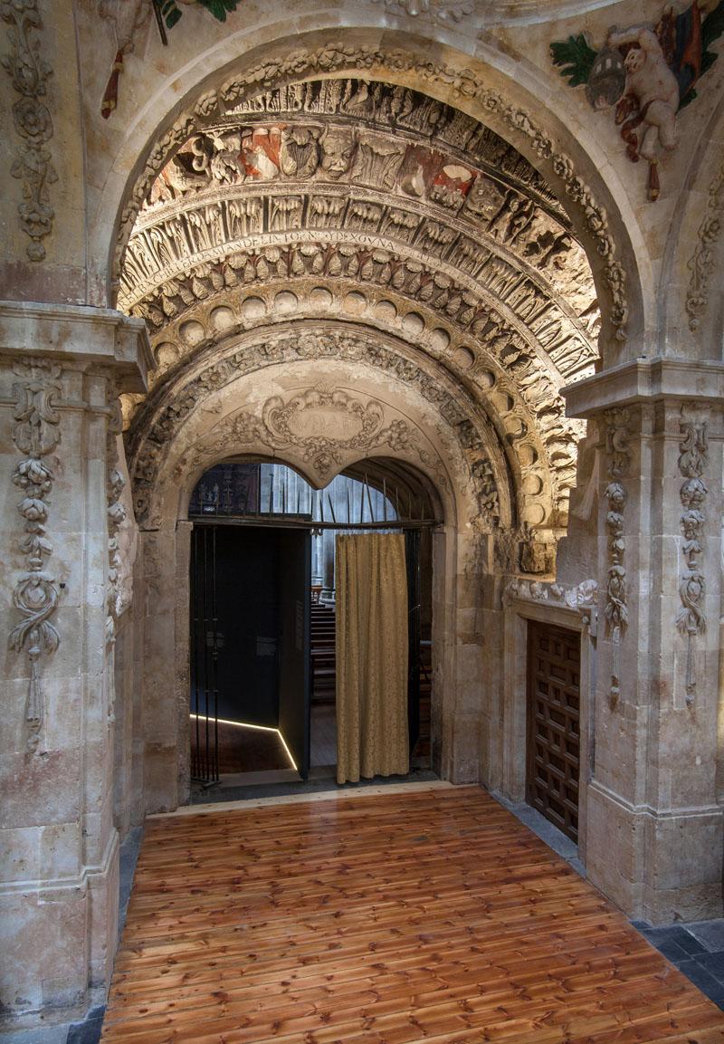 Punto de información del románico de San Martín (Salamanca)