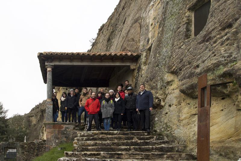 Alumnos del Máster en Economía del Patrimonio de la UVa en Olleros de Pisuerga
