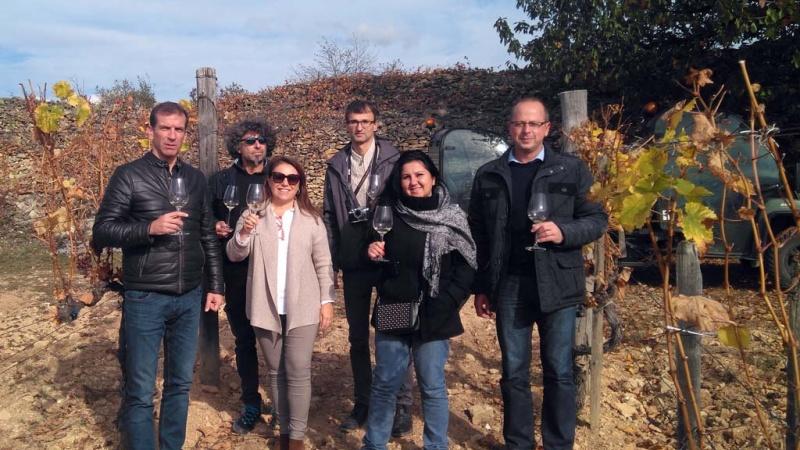 María Heredia junto a algunos de los socios de Wine&Senses en Hungría