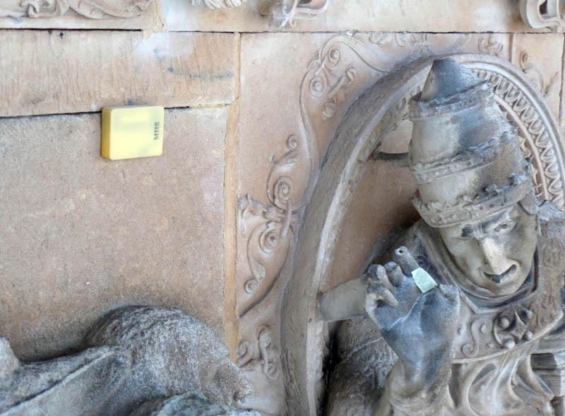 Sensor colocado en la Fachada Rica de la Universidad de Salamanca