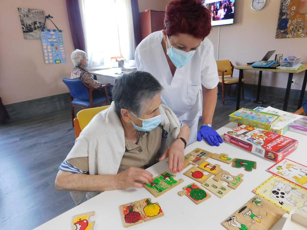 Curso de Atención Sociosanitaria a personas dependientes en instituciones sociales