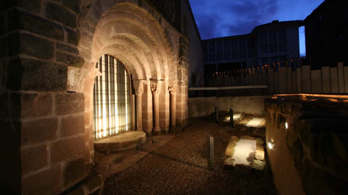 Exterior iglesia de Cillamayor (Palencia)