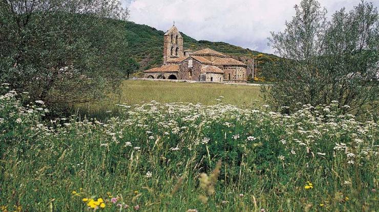 Colegiata de San Salvador de Cantamuda, Palencia. Autor: Luis Alonso Ortega
