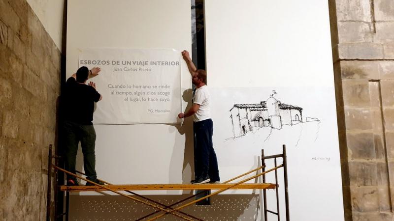 """montaje de la exposición """"Esbozos de un viaje interior"""" de Juan Carlos Prieto"""